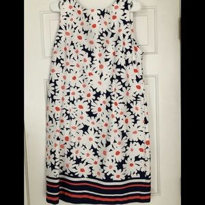 Dresses & Skirts - Cute and Casual Daisy Shift Dress